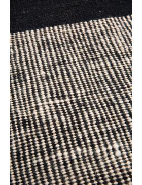 Black Dots kilim - 250 x 350